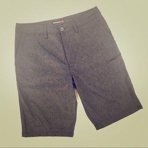 Quicksilver men's size 32 gray shorts w stretch